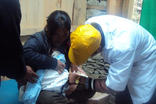 Vaccination of children at GSF owned clinic